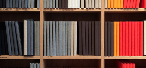 Picture of bookshelf